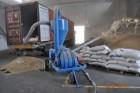 Стафировка (погрузка) зерна в морские контейнера
