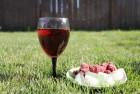 Ќатуральное малиновое вино