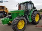 Колісний трактор JOHN DEERE 6900